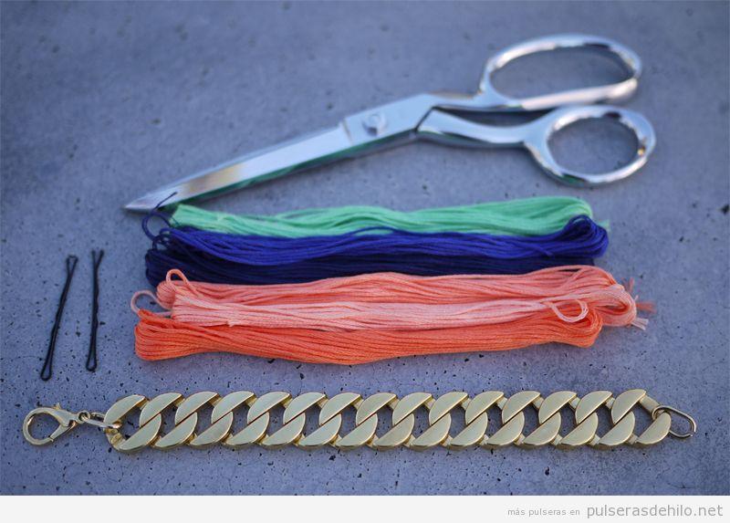 Tutorial para aprender a hacer una pulsera de cadena e hilos, paso 2