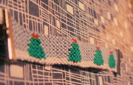 Pulsera de hilo árbol de Navidad con estrella y nieve