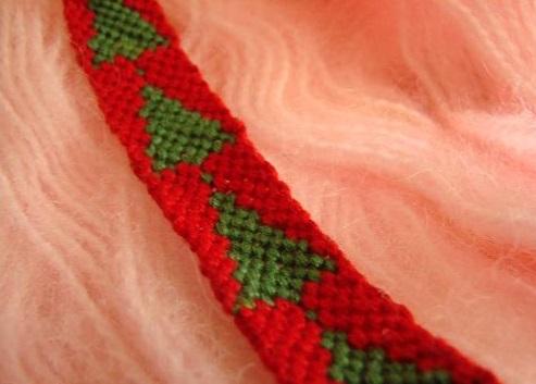Pulsera de hilo árbol de Navidad fácil 2