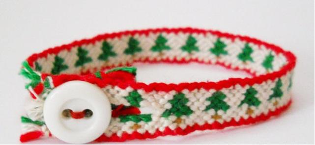 5 Pulseras de Hilo Estampado Árbol de Navidad con Esquemas Gratis